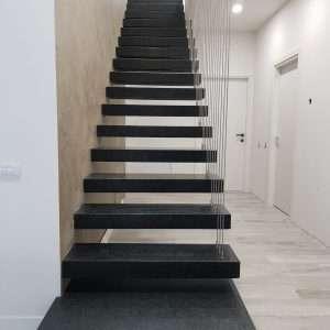 Fekete gránit lépcsők Nero Angola