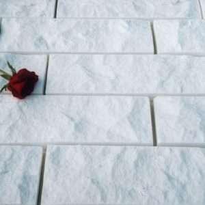 Thassos roppantott természetes kő